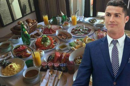 Những bữa ăn tiêu biểu thường xuyên nhất của Ronaldo