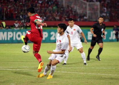 U19 Việt Nam nhận thất bại trước U19 Indonesia.