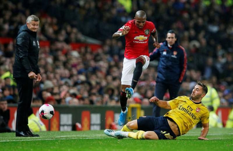 Hậu vệ mắc sai lầm khiến MU bị Arsenal cầm hòa tại Old Trafford